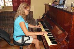 MARIA CELINA NUMA MARATONADA PIANO