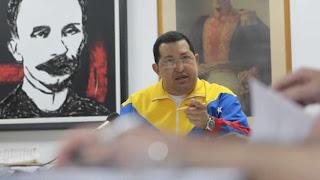 """Hugo Chávez dice que iniciará radioterapia """"en las próximas semanas"""""""