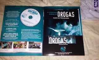 http://www.brindesgratis.com/2013/04/brindes-gratis-kit-sobre-as-drogas.html