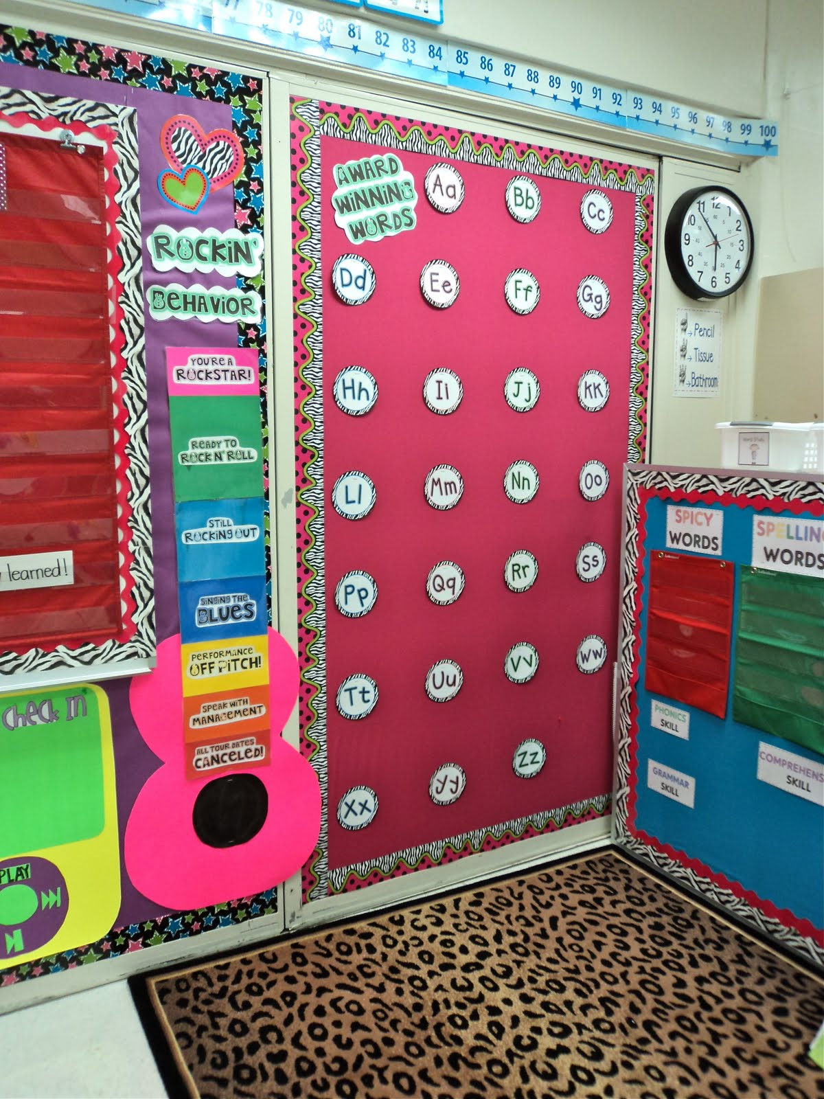 Classroom Word Wall Ideas ~ First grade fresh a different kind of school year
