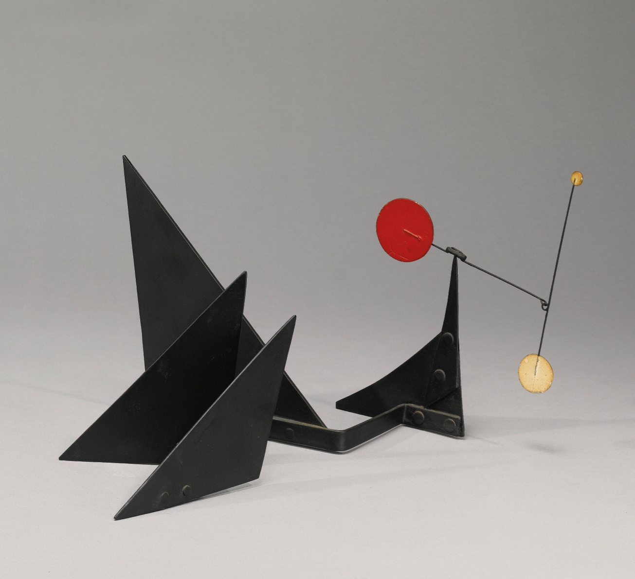 "alexander calder Alexander calder revolutionized art in the early 1930s by introducing actual movement into his sculptural and pictorial compositions animated as if by a life force, these works quickly came to be known as ""mobiles,"" a word that still brings to mind aerial, wind-activated sculptures today yet."