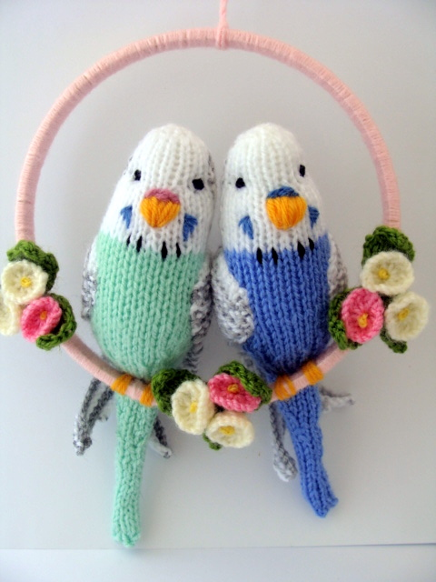 Parrot Knitting Pattern Free : Knitting Snippets: More Budgies