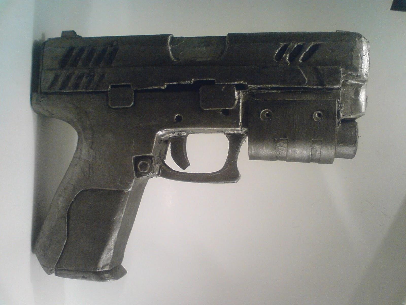 Pistola Blacktail - Resident Evil DSC04521