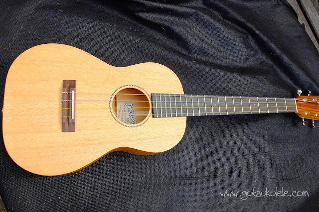 Pono MB-e Baritone ukulele