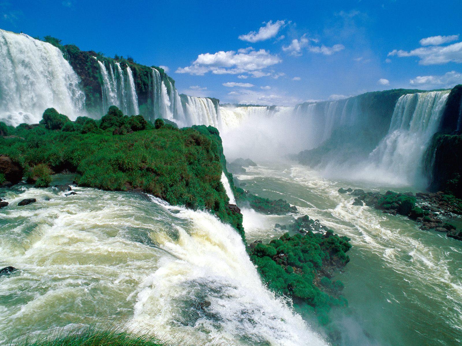 http://1.bp.blogspot.com/-J3YdDazhFxk/T3GQBN-L8VI/AAAAAAAAIW4/5UqyuVbqg2s/s1600/Iguassu+Falls,+Brazil.jpg