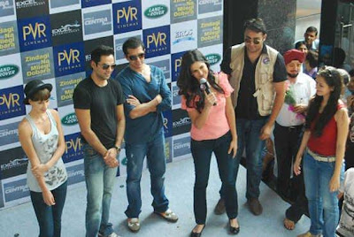 Katrina, Abhay, Farhan And Kalki Visited @ ZNMD promotion In Chandigarh