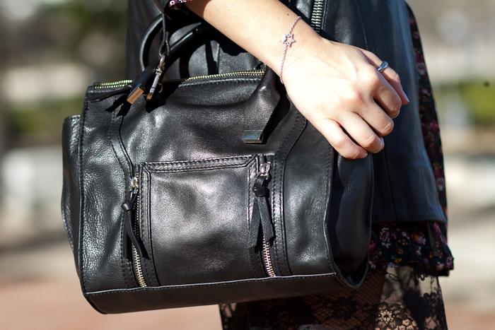 Bolso de cuero  negro de Zara clon low cost Phillip Lim y Pulsera de plata con Estrella de Chavin