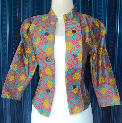 Blazer Batik Printing Etnik Hijau