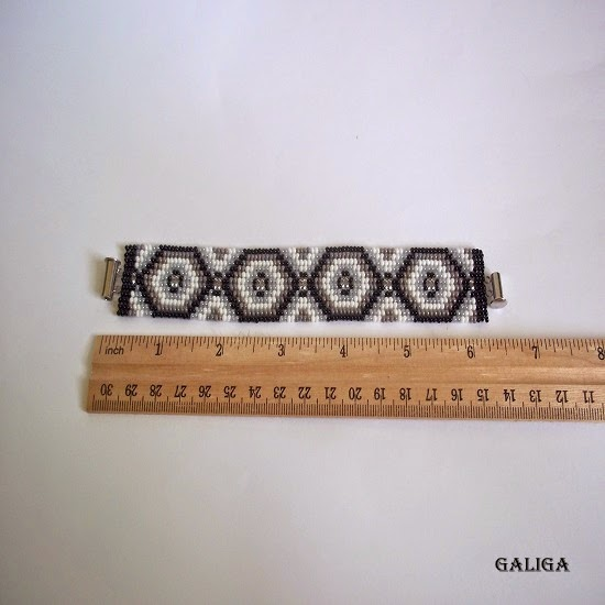 ethnic style beaded bracelet-monochrome seed bead cuff-gray theme bracelet