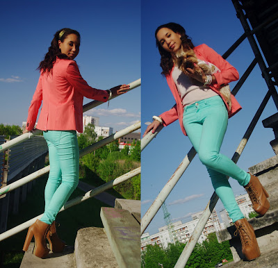 How to style aqua jeans, Aqua and coral, Colourblock outfit, how to style a coral blazer
