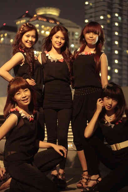 Biodata Be5t Girlband Indonesia