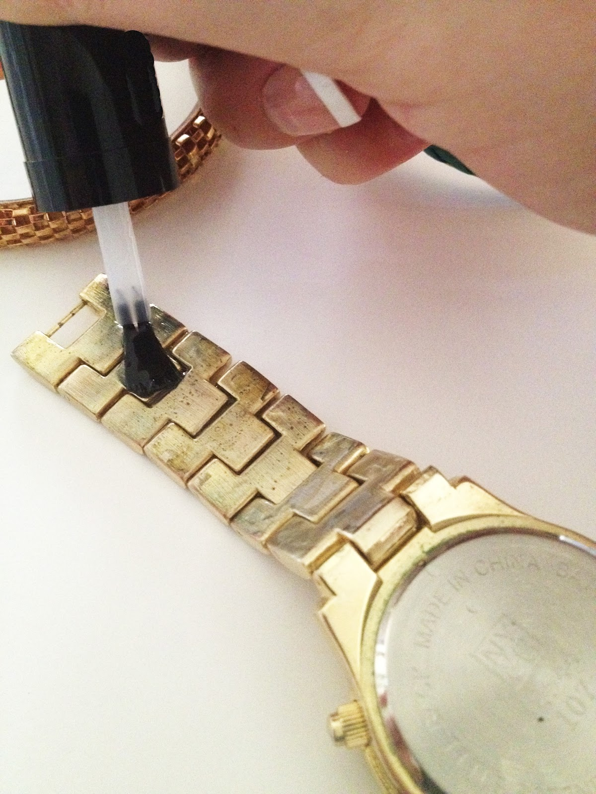simple trick to keep inexpensive jewelry from turning your