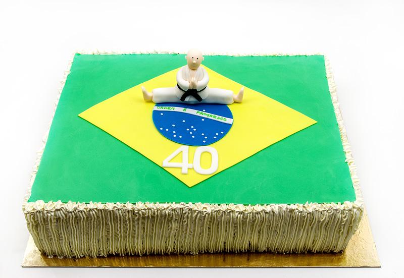 Brasil karate champ cake front