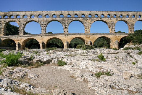 Roman aqueducts these are great exles of roman architecture
