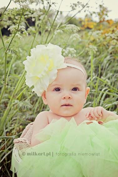 profesjonalna sesja niemowlaka, zdjęcia dziecka, fotografia niemowlęca, fotograf noworodków,  profesjonalne studio fotograficzne w poznaniu