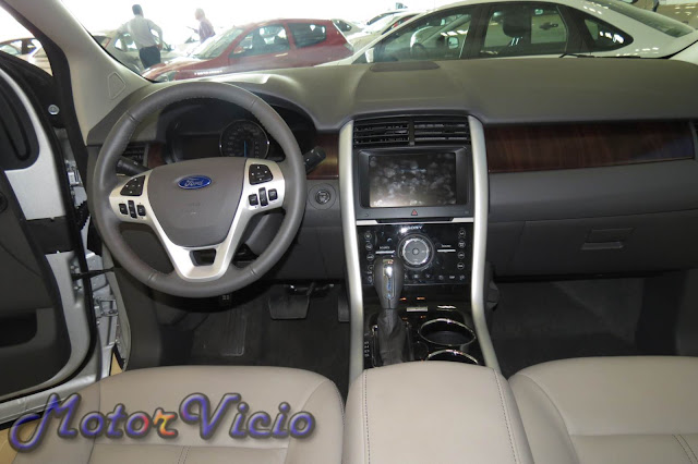 Ford Edge 2013 Limited - Interior