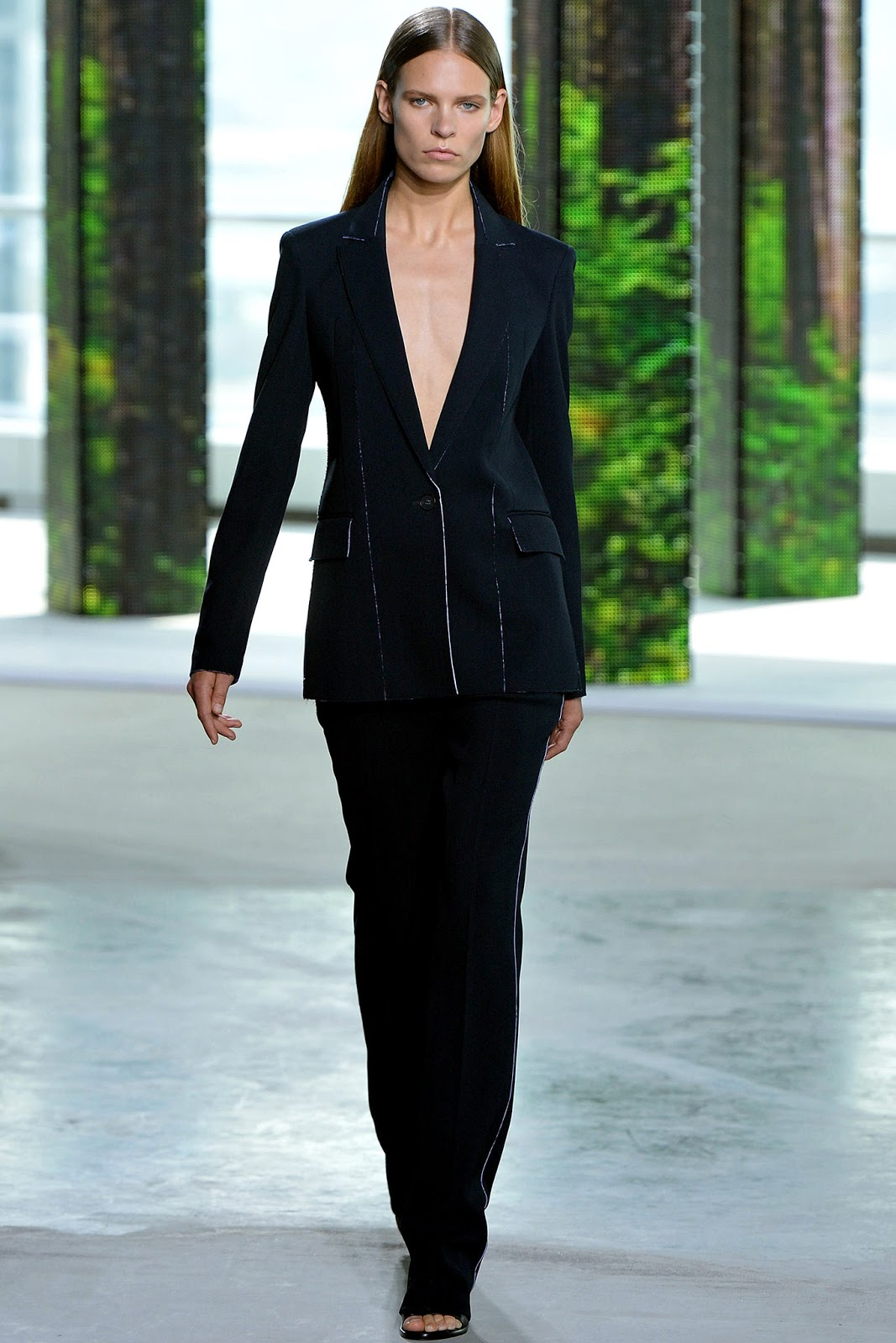 Boss Women / Bottega Veneta / Spring/Summer 2015 trends / trouser suit / styling tips and outfit inspiration / via fashioned by love british fashion blog