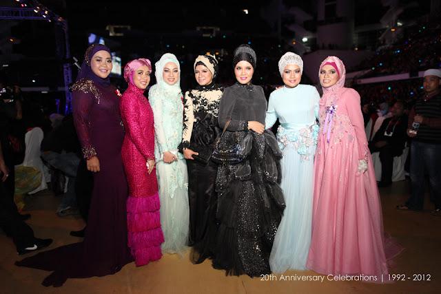 http://1.bp.blogspot.com/-J4T-PhHucv4/ULPHS5xYAfI/AAAAAAAAS0c/pqkSj3xWaTs/s1600/premium_beautiful_top_agent-004.jpg