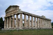 Griegos en Paestum