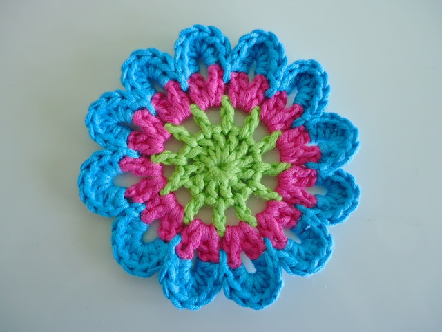 Free Crochet Pattern For Japanese Flowers ~ Pakbit for .