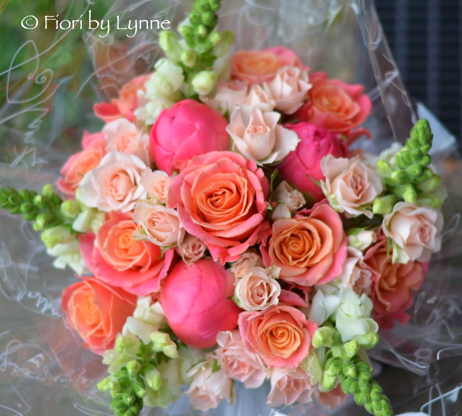 Wedding Flowers Blog Jenna 39 S Coral Wedding Flowers Marwell Hotel