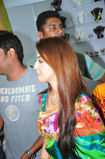 Actress Pranitha Latest Pictures in Saree at Styles n Weaves Exhibition Launch  0014
