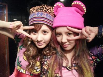 SEOHYUN & HYOYEON SNSD SELCA JANUARY 2013