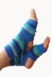 https://www.etsy.com/listing/153547657/hand-knit-yoga-socks-pilates-socks-piyo?ref=sr_gallery_18&ga_search_query=yoga+sox&ga_view_type=gallery&ga_ship_to=US&ga_search_type=all