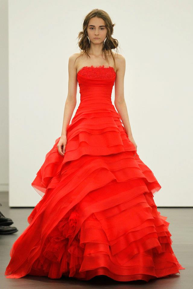 Chicboutique vera wang 39 s 2013 bridal collection for Red wedding dress vera wang