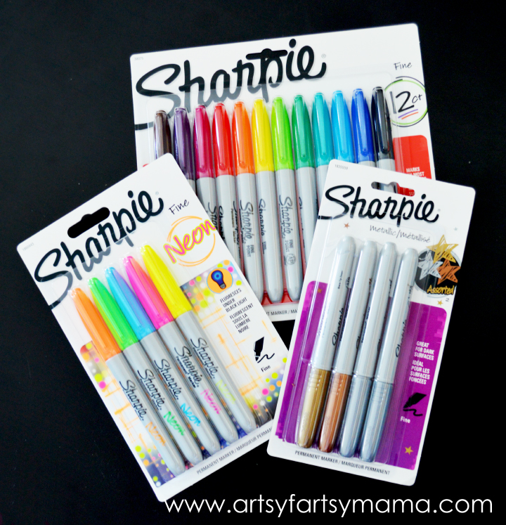 Get your Sharpies from Staples today - $6 for multi-packs and $4 for metallic packs!! artsyfartsymama.com #StaplesSharpie #Sharpie #PMedia