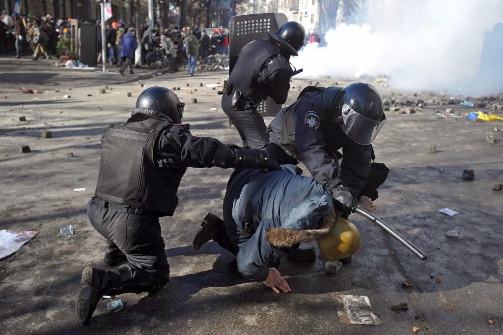 erőszak, Kijev, Majdan, Ukrajna, ukrán tüntetések, Viktor Janukovics, Vitalij Klicsko,