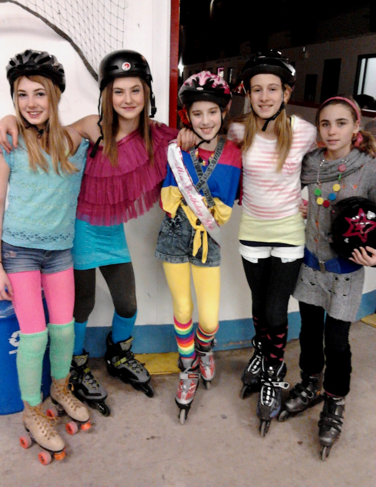 Forest City Fashionista Sunday Afternoon at the Roller Rink