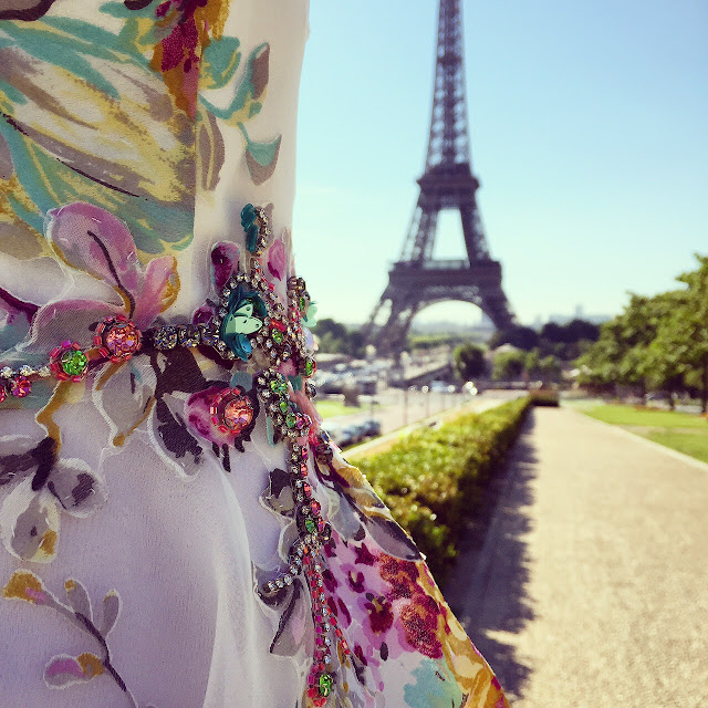 Teri Jon Floral-Print Crystal Embellished Dress , Rickie Freeman for Teri Jon, eiffel tower, trocadero, jetset, travel, fashion blog, paris, romantic, outfit