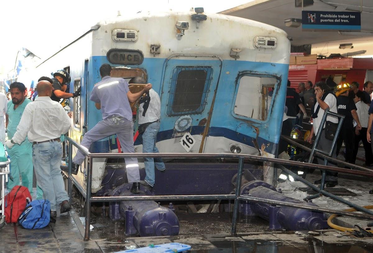 http://1.bp.blogspot.com/-J6OBbXrQR3c/T11CCcw3jII/AAAAAAAADNg/kaUSe8ikHtg/s1200/AccidenteTBA02.jpg