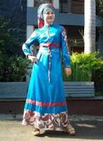 Model Baju Muslim Batik Kombinasi Brokat