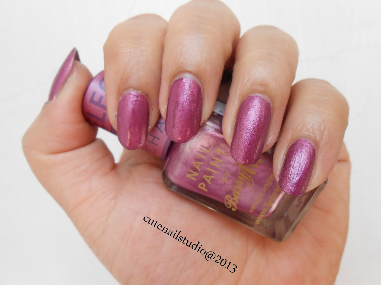 I Applied Topcoat In The Center Of My Nailsone Coat Only And Voila Color Changes Just Like Some Magic Pink Into Bright