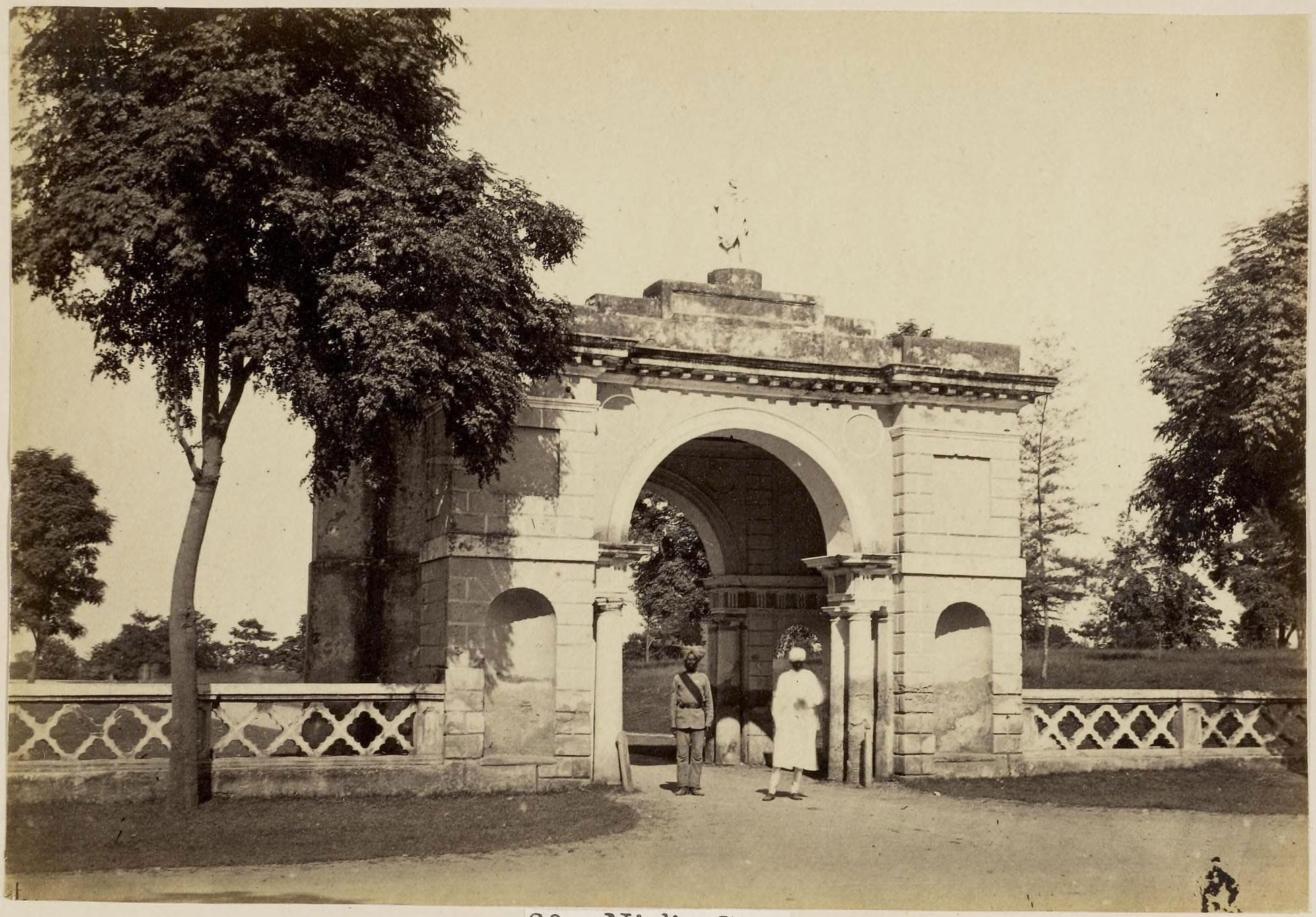 Sher darwaza or neil 39 s gate lucknow 1870 39 s old indian for Architecture design for home in lucknow