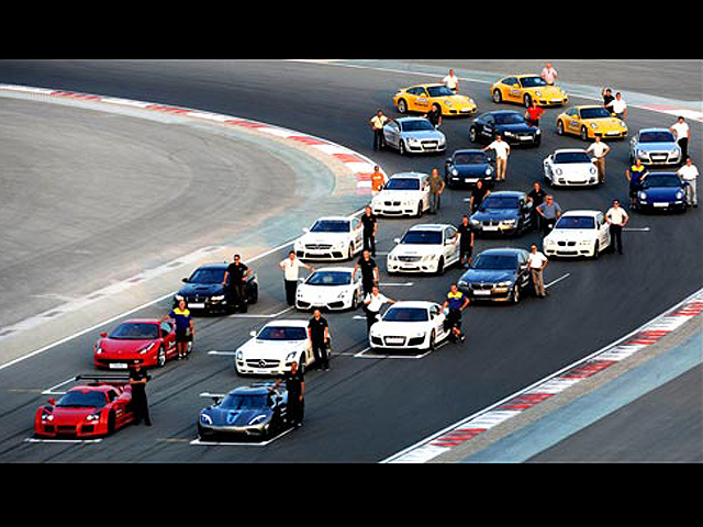 Foto-foto Pengujian Mobil-Mobil Sport Mewah