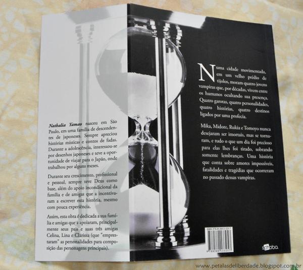 Resenha, livro, Vrykolakas, Nathalia Yamao, Schoba, vampiros, contracapa, sinopse, sobre-a-autora