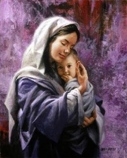 Que Maria,nossa Mãe do Céu, interceda por nós a cada segundo...