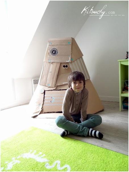 kitouchy tibo liee malo l 39 atelier chez soi sa fus e en carton recycl. Black Bedroom Furniture Sets. Home Design Ideas