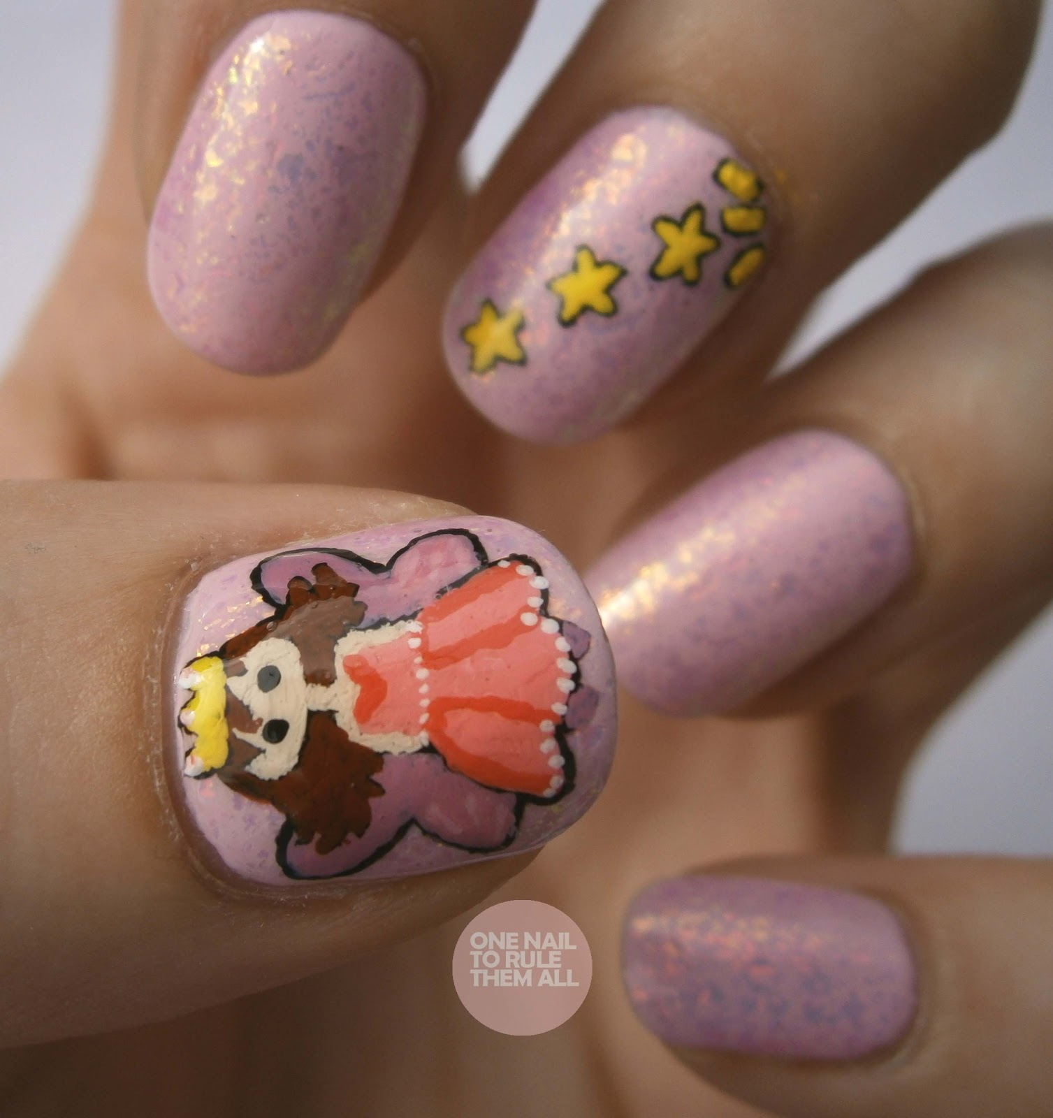 Fairy Nail Art: One Nail To Rule Them All: Day 15: Delicate Print