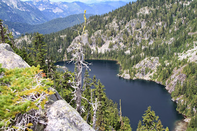 View of Tuck Lake on the climb to Robin Lakes