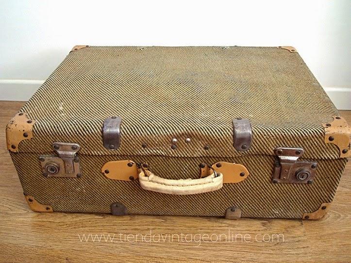 Comprar maletas antiguas online. Proveedores de maletas y equipaje antiguo.