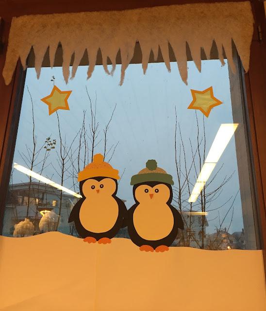 Klassenkunst fensterbilder pinguine - Fensterdeko weihnachten grundschule ...