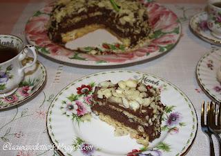 Torta con ganache di cioccolato fondente