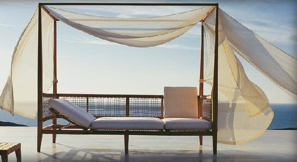nice 30 outdoor canopy beds ideas for a romantic summer. Black Bedroom Furniture Sets. Home Design Ideas