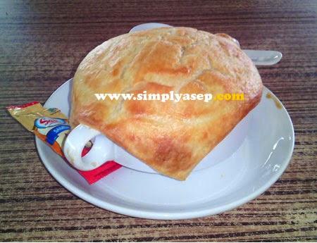 Zupa Soup yang sedang dinikmati.  Foto Asep Haryono