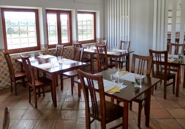 Divulgação: Restaurante da Herdade da Barrosinha reabriu com oferta gastronómica dedicada à caça - reservarecomendada.blogspot.pt