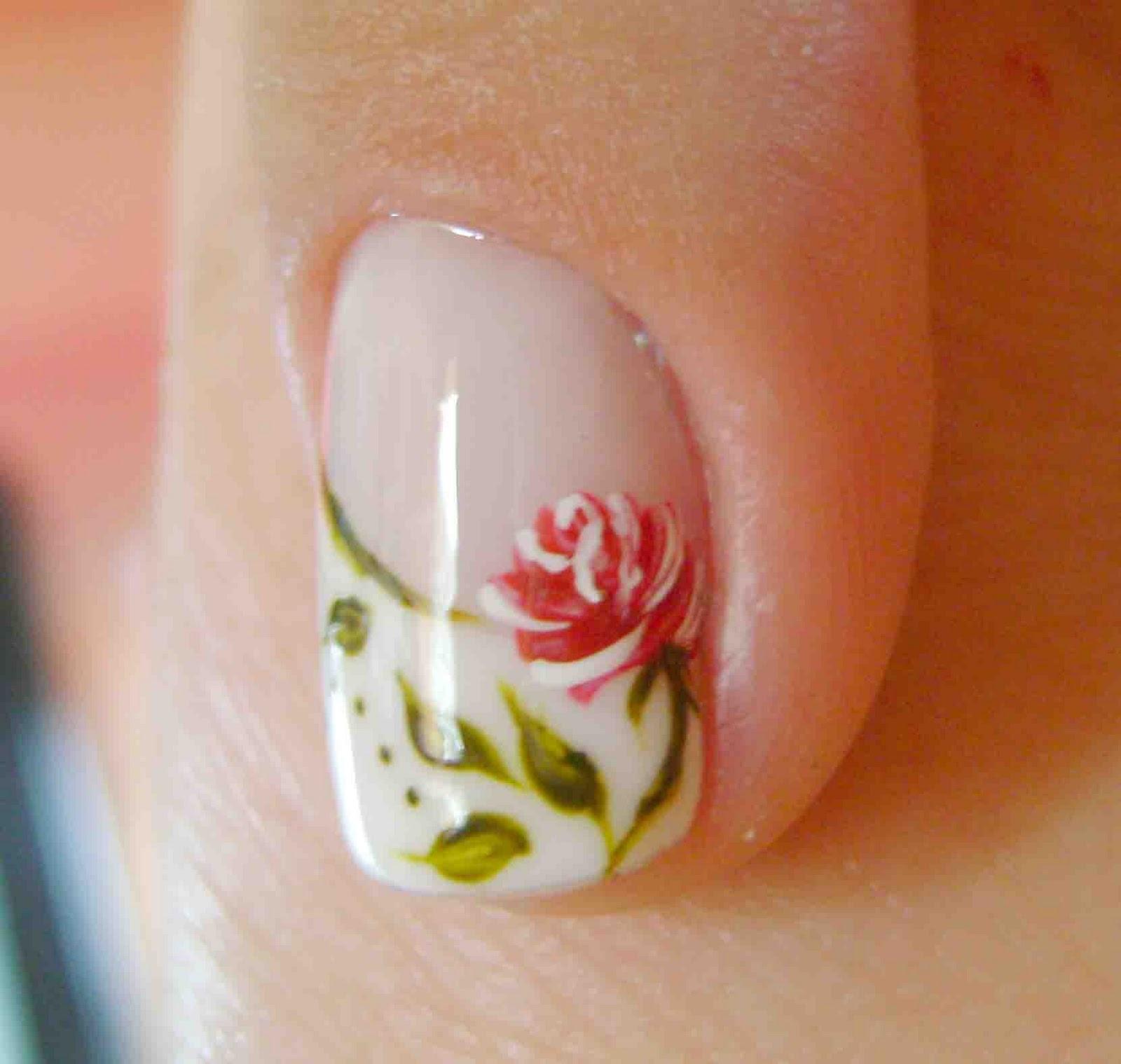 Melhores unhas com desenhos de rosas